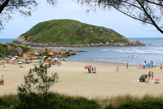 5-viajando-em-321-praias-para-conhecer-em-imbituba-santa-catarina-praia-da-vila