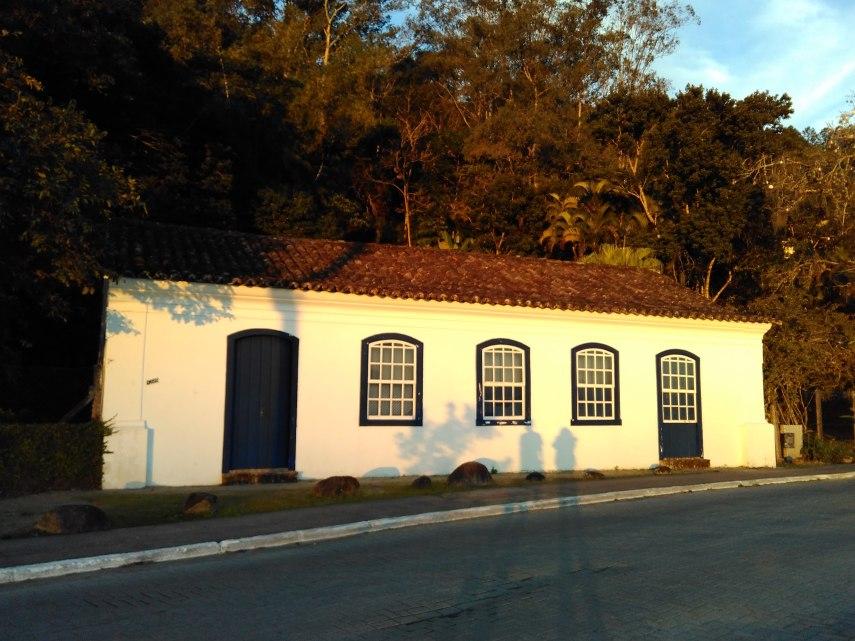 Casa azoriana en Santo Antonio de Lisboa. Mejor atardecer de Florianópolis.