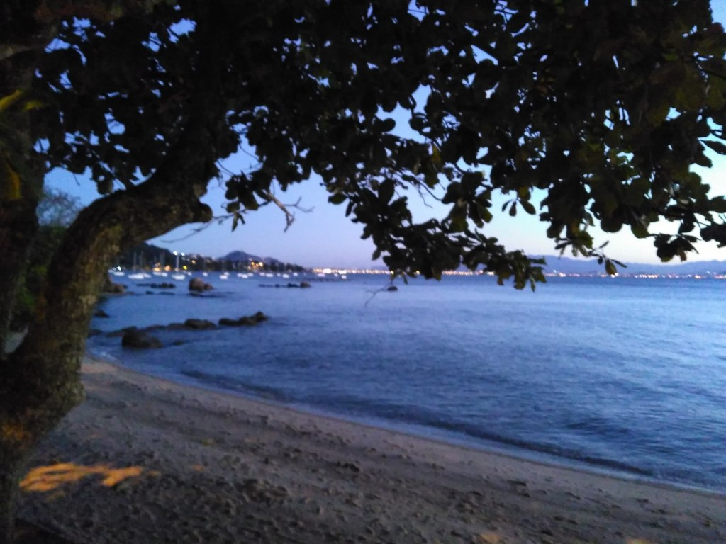 Atardecer en la playa de Santo Antonio de Lisboa