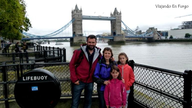 viajando en furgo puente de la torre
