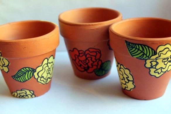 vaso-desenhado-flores-diy-faca-voce-mesmo-decoracao-ideias