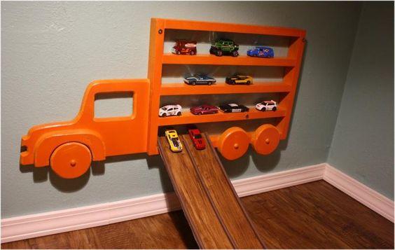 cegonheira parede organizacao carrinhos brinquedos ideias criativas