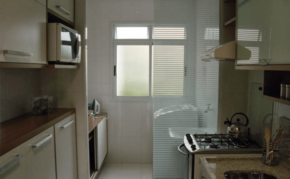 dividir cozinha lavanderia vidro separacao area de servico
