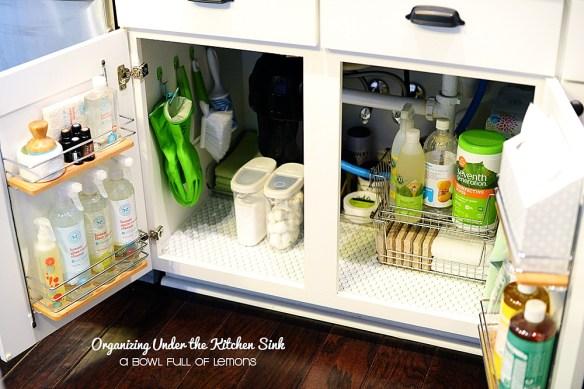organizacao armario embaixo pia cozinha aproveitamento atras da porta armario otimizacao espaco 2