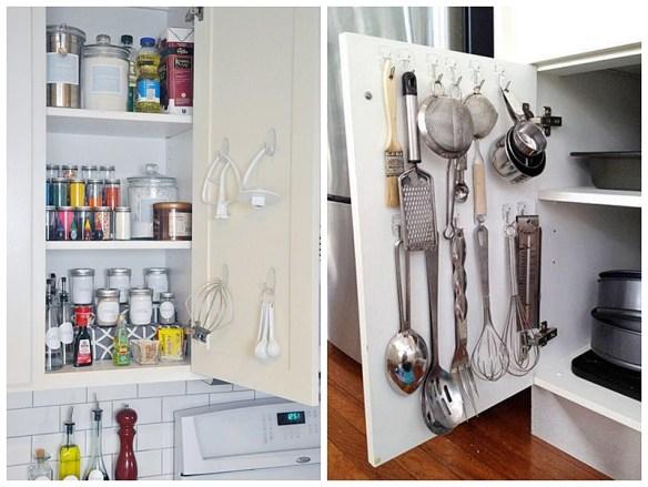 organizacao cozinha aproveitamento espaco atras da porta ganchos pendurar utensilios