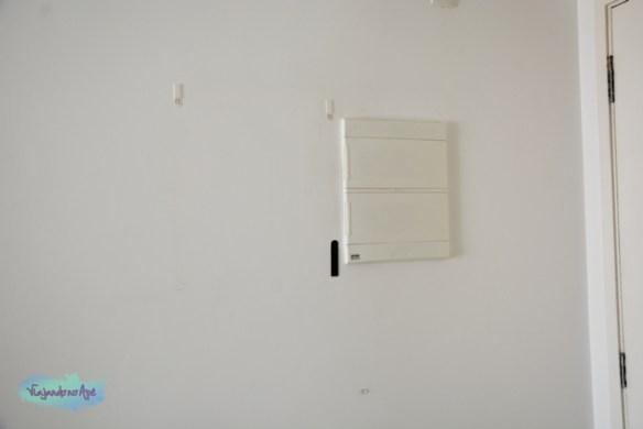 Quadro_esconder_caixa_energia_luz_fecho_3M_2