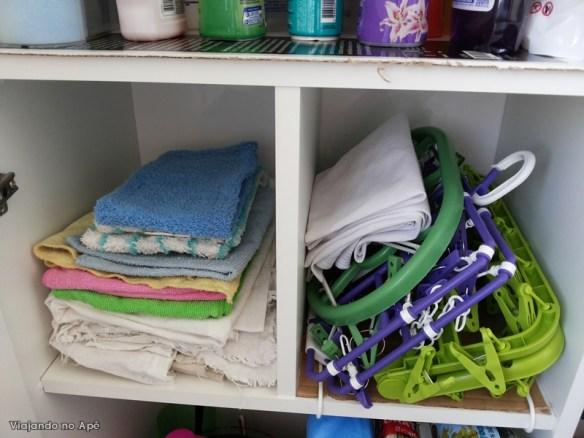 divisoes do armario da lavanderia area de serviço