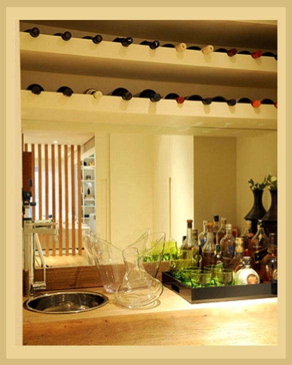 porta vinhos prateleira