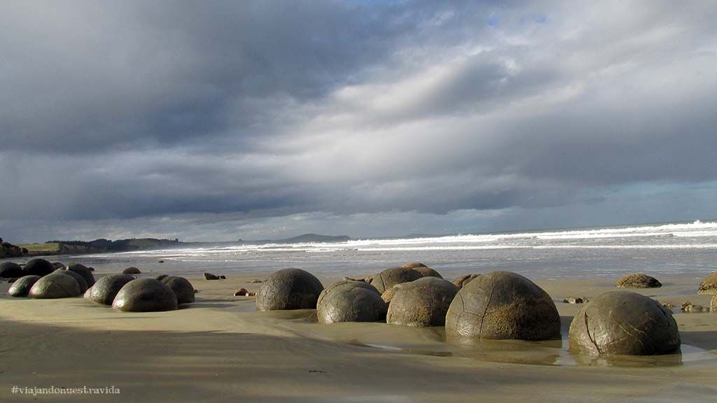 moeraki boulders 5 The Catlins
