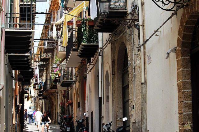 Calle de Cefalú Sicília