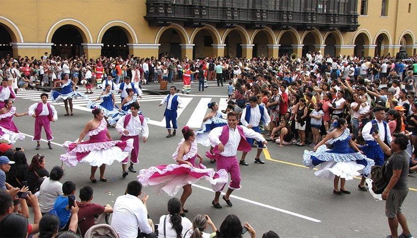 [Fotos] Así fue el corso del Carnaval de Lima 2020