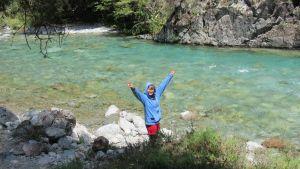 Carol en el rio del cerro Motoco. El Bolsón.