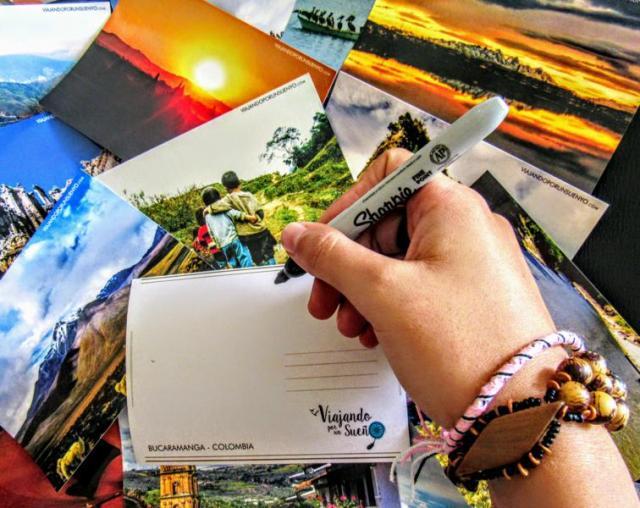Viajando por un sueño postales mano carol