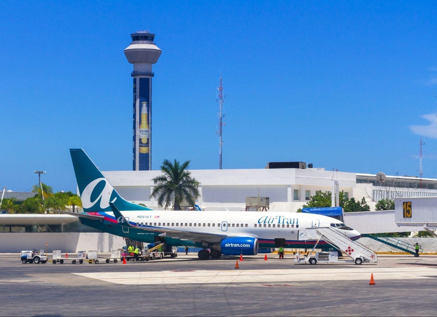 Cómo ir del Aeropuerto Internacional de Cancún a tu hotel
