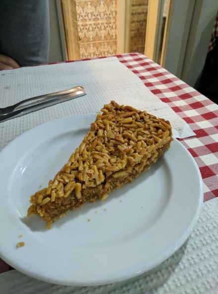 Tarta de almendra casera en casa Viuva en Oporto