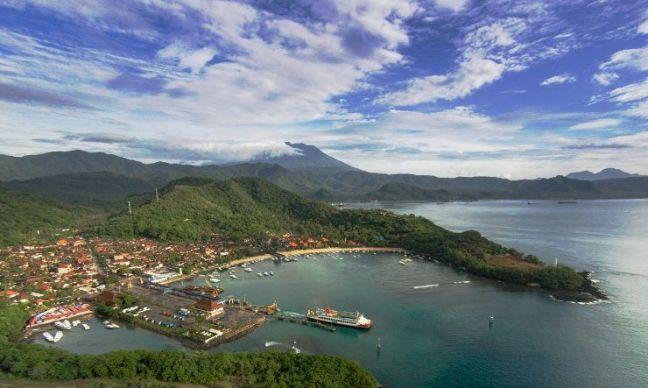 Puerto Padang Bai Bali