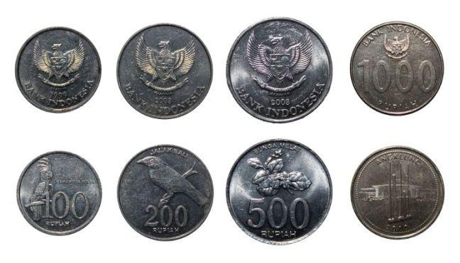 Monedas indonesia en Bali