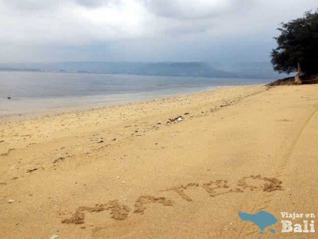 Playa-parque-nacional-Bali-Barat