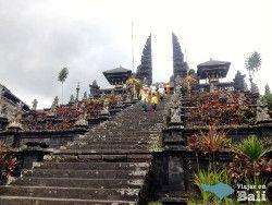 Templo Madre Besakih