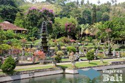 tirta-gangga-Bali