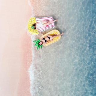 playa rosada komodo
