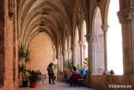 Parte del antiguo claustro gótico