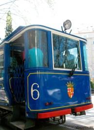 El Tramvia Blau (Tranvía Azul) que asciende hasta el pie del funicular del Tibidabo