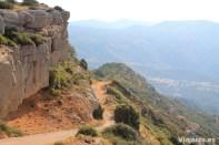 Pista forestal para subir a la montaña de Montsant