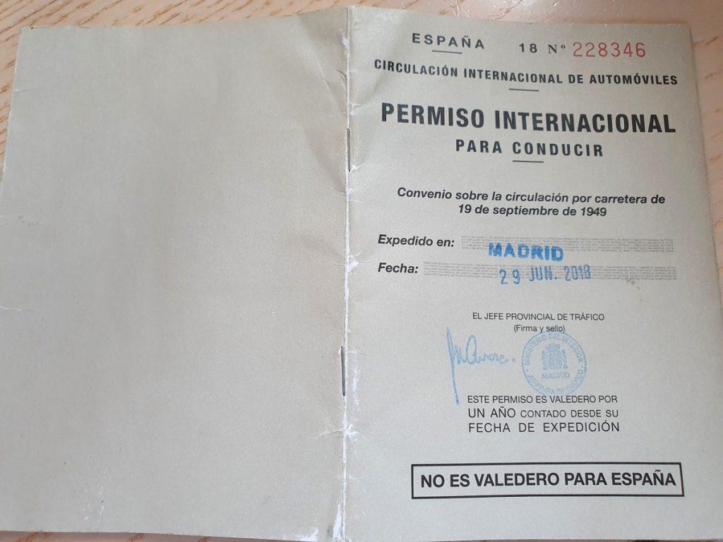 El permiso de conducir para viajar por Indonesia en moto