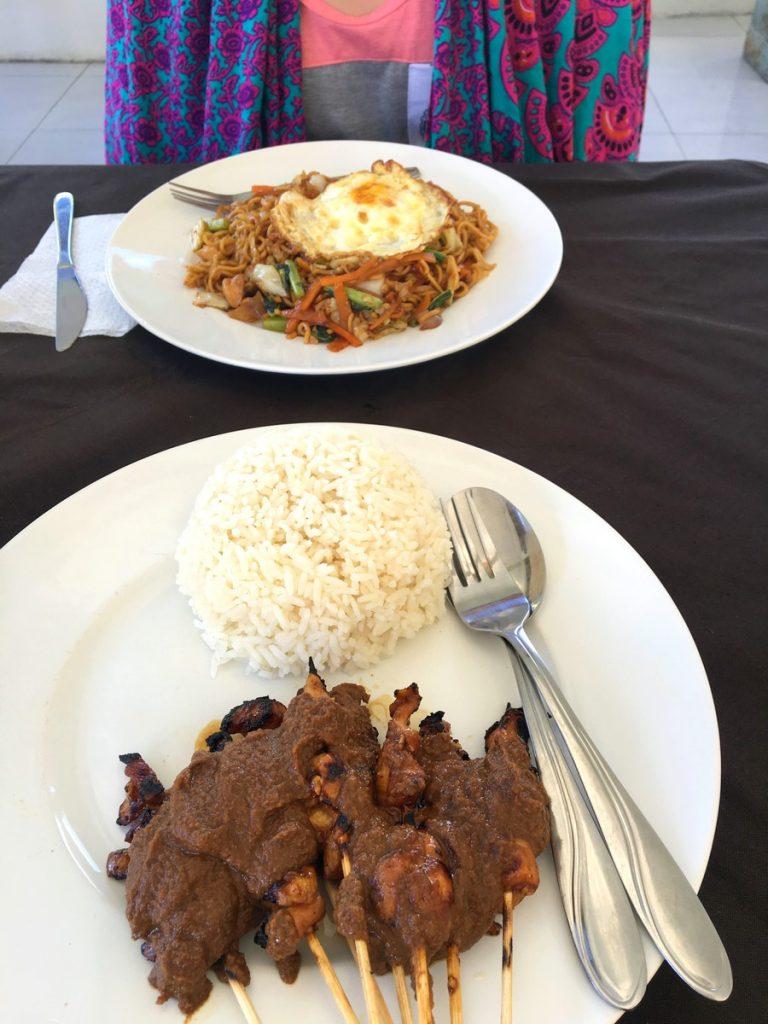 Mie Goreng y Chicken Satay