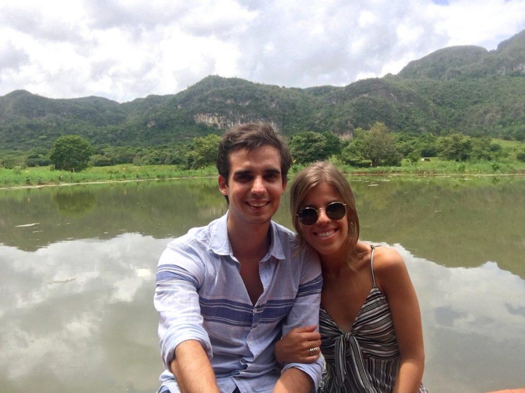 En el lago natural de Viñales