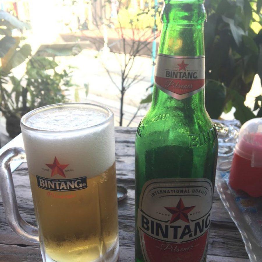 Tomando una buena Bintang en Prawirotaman