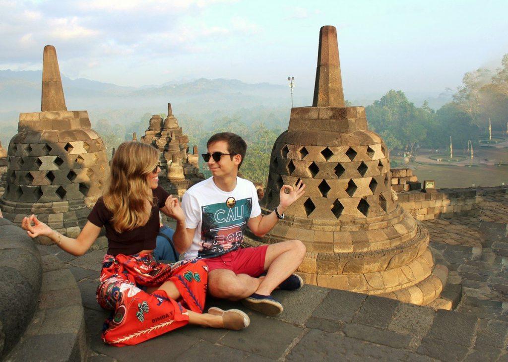En el templo de Borobudur de Yogyakarta