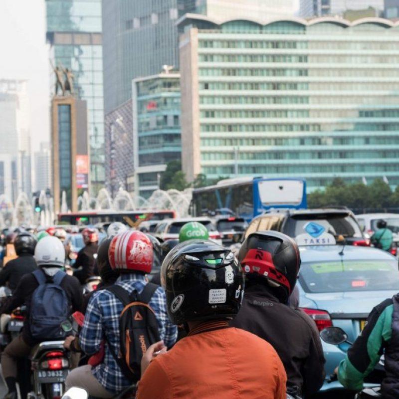 El caótico tráfico al viajar por Indonesia, Yakarta