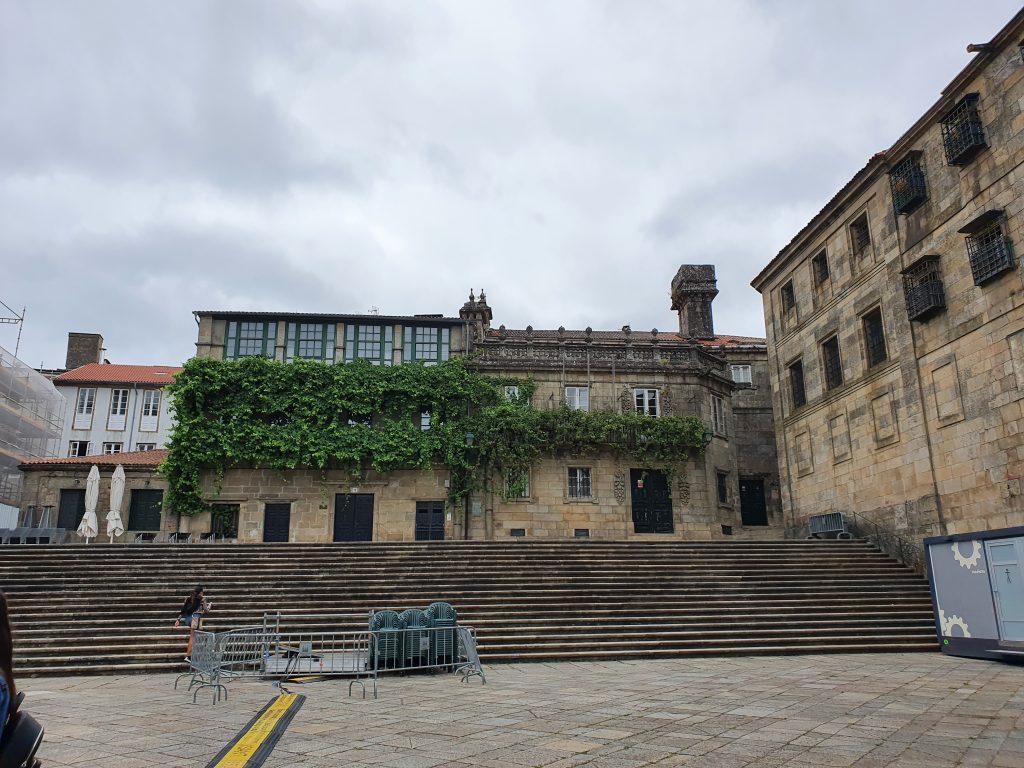 La plaza de la Quintana de Santiago de Compostela
