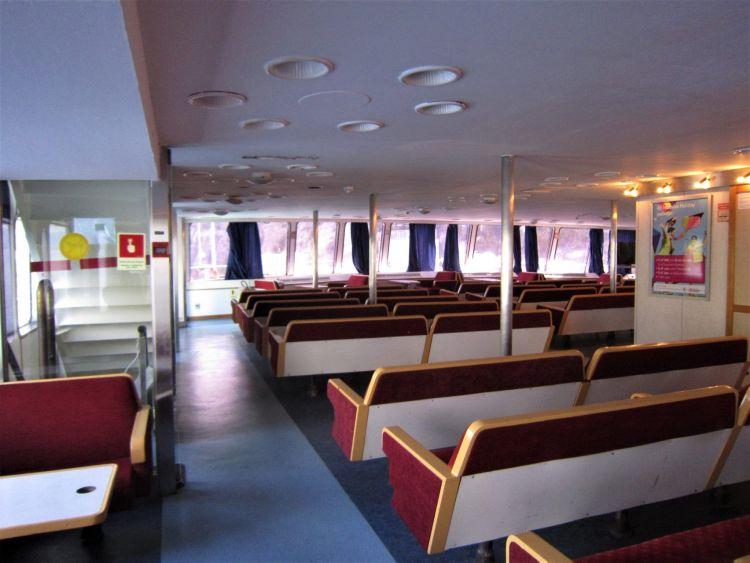 Interior del Ferry