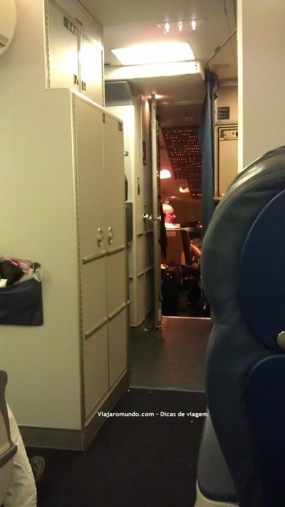 Vista da cabine do avião