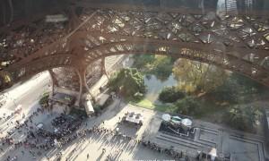 TORRE EIFFEL: como é o novo 1° andar com piso transparente!