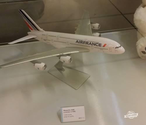Miniatura do A380 para venda