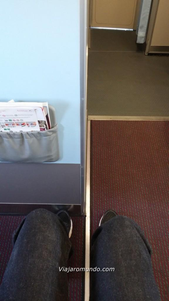 Espaço para as pernas - Assento 1C