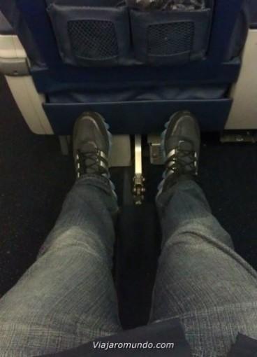 Espaço entre assentos Boeing 757