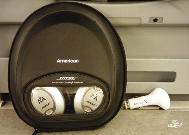 Fones de ouvido e adaptador usb para tomadaFones de ouvido e adaptador usb para tomada