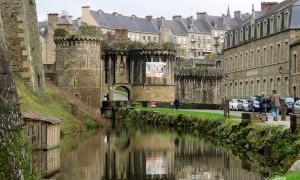 Fougères: uma cidade medieval da Bretanha