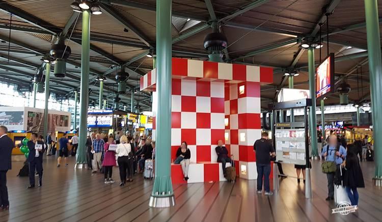 Ponto de encontro - Meeting point - Schiphol Airport