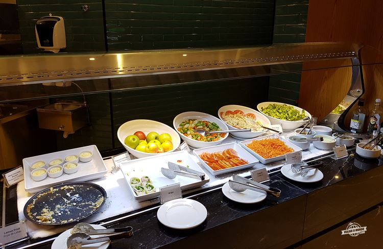 Buffet - Plaza Premium Lounge Internacional no Galeão