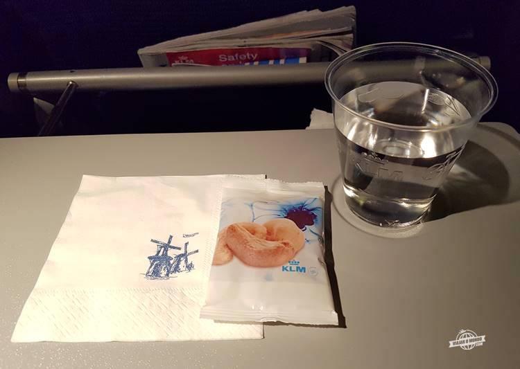 Serviço de bordo - Classe Econômica Boeing 777 da KLM