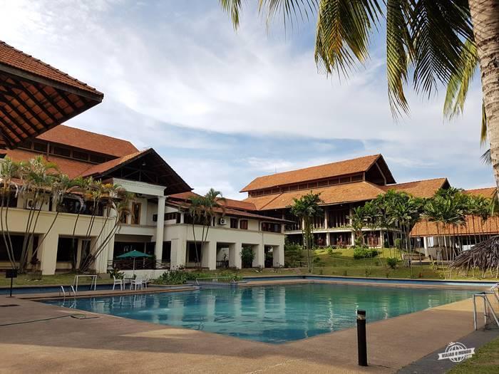 Piscina - Palm Garden Hotel