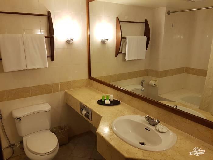 Banheiro - Palm Garden Hotel