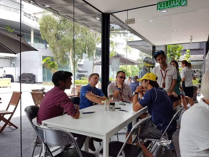 Entrevistas - bastidores da Fórmula 1