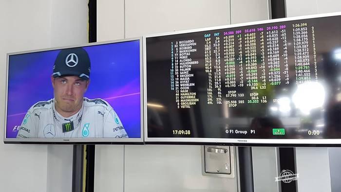 Nico na conferência de imprensa logo depois da corrida